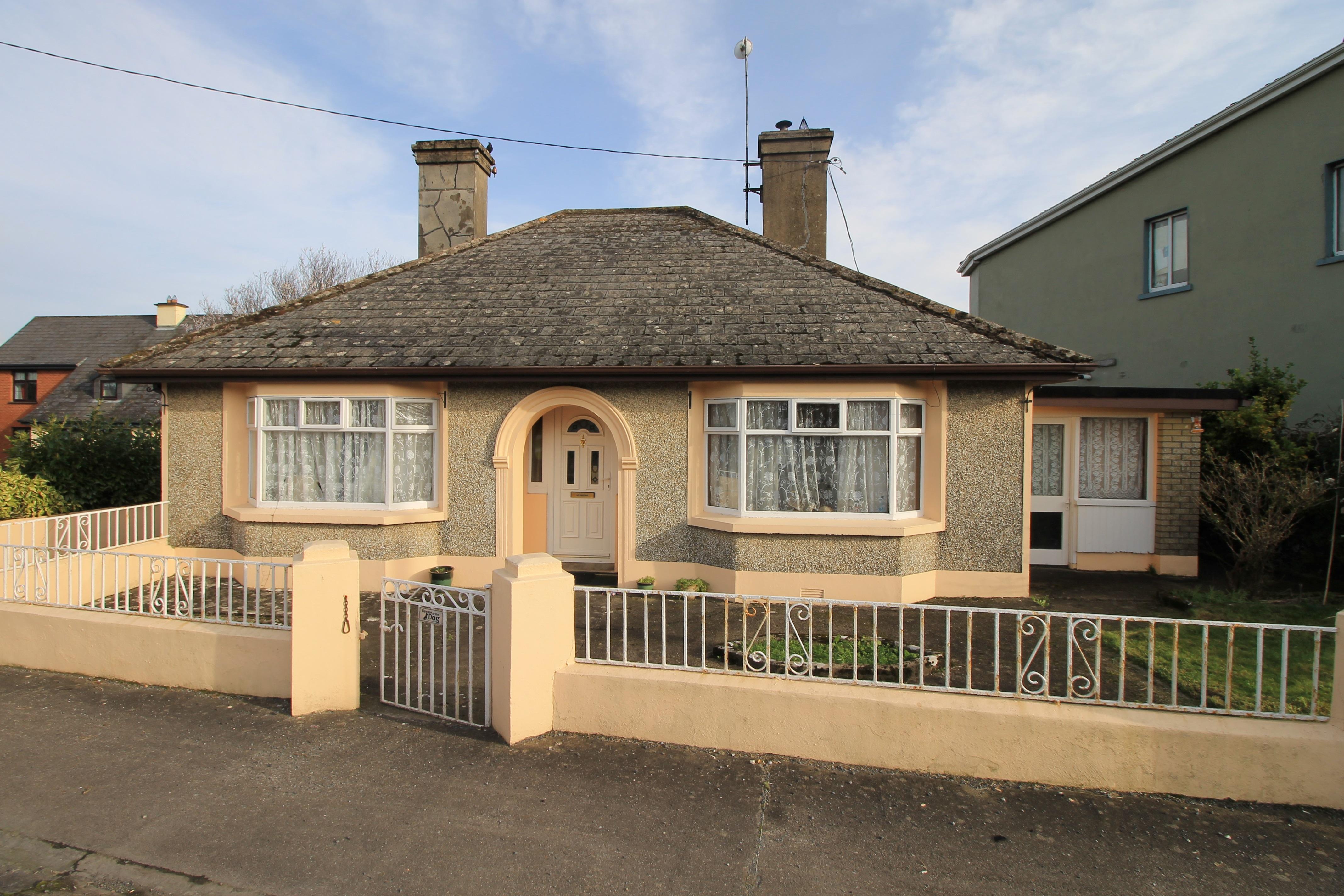 'The Bungalow' Garranmore, Pallasgreen, Co. Limerick