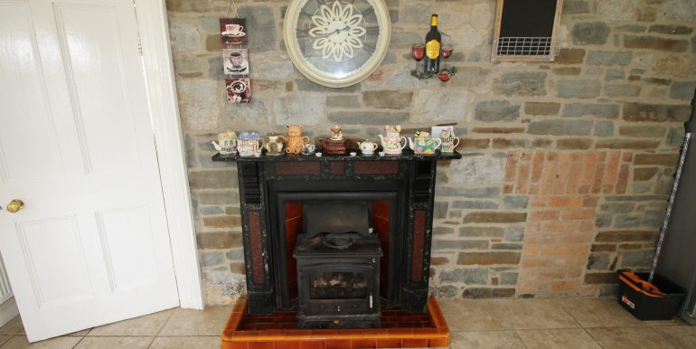 Kitchen Fitted Stove