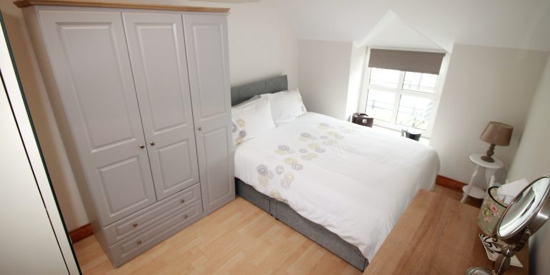 bed 1