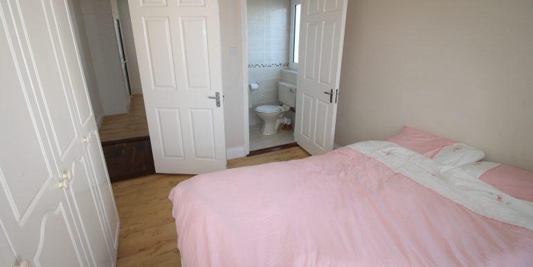 bedroom 3 side