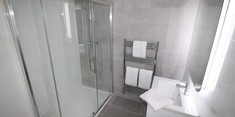 17. Bathroom 1