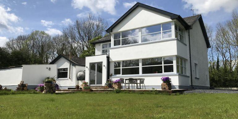 2. Rear House2