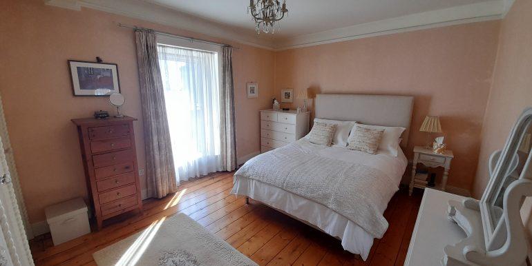 Main Bed 1